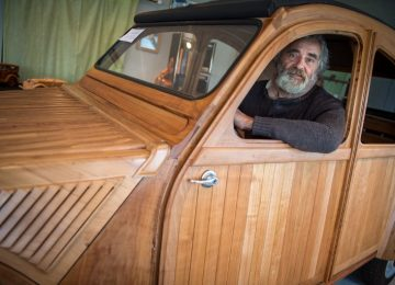 This Frenchman just made a working Citroën 2CV out of wood