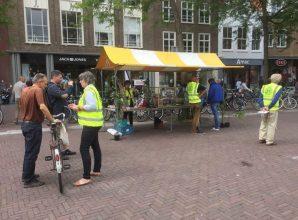Photos from Rotary Club Middelburg's postOp 9, 16 en 23 juni staan leden van de …