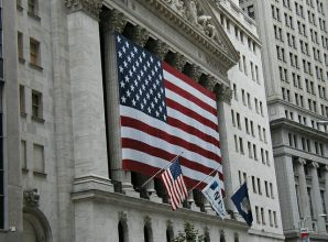 Robert Reich: The Next Great Crash Is Coming