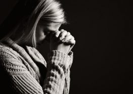 Praying After a Tragedy Decreases Your Eventual Donation Amount, Says Study